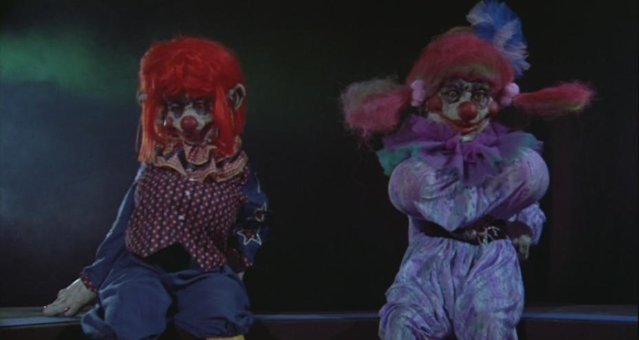 Killer klowns from outer space scarina 39 s scary vault of for Space clowns